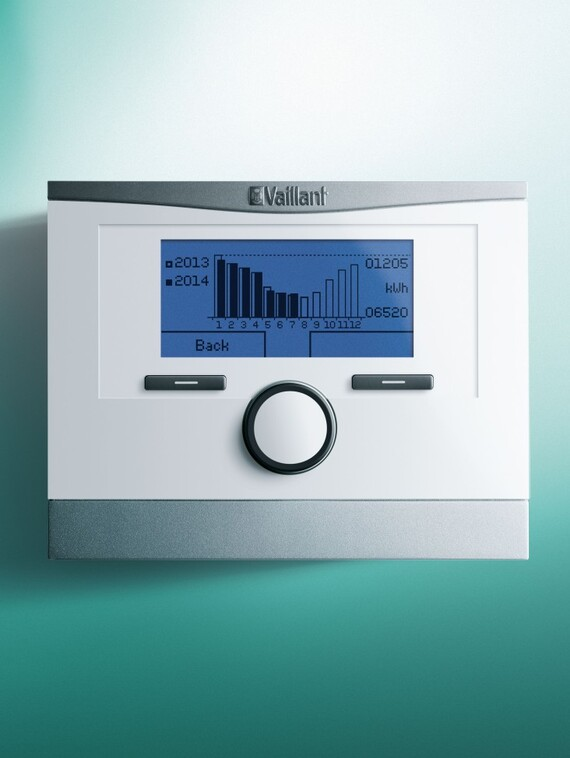 //www.vaillant.hu/media-master/global-media/vaillant/product-pictures/multimatic-700/control14-12176-01-554092-format-3-4@570@desktop.jpg