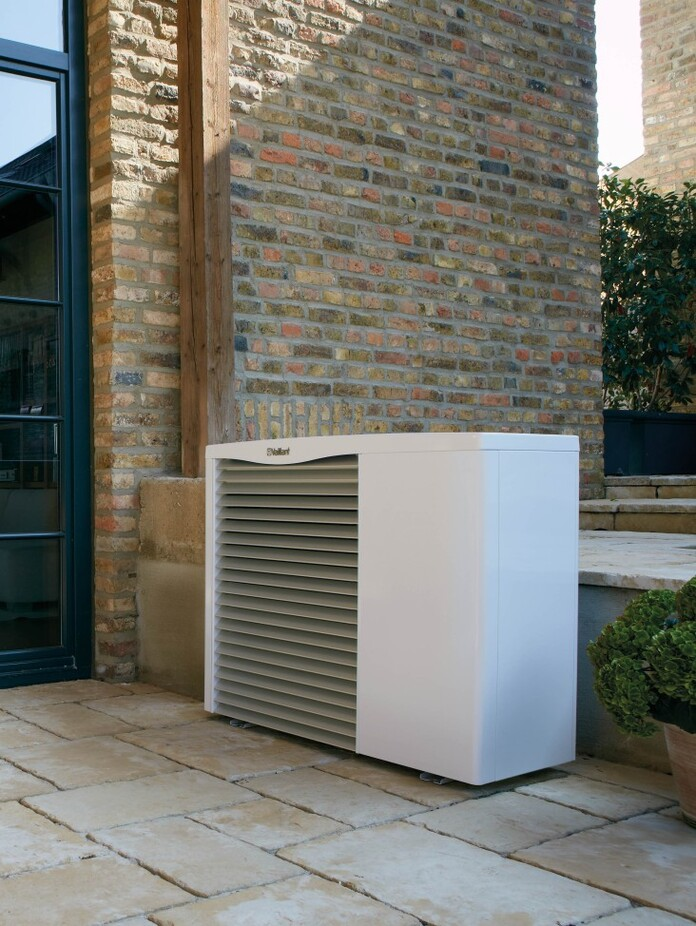//www.vaillant.hu/media-master/global-media/vaillant/product-pictures/scene/hp12-3966-01-39850-format-3-4@696@desktop.jpg