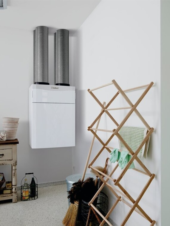 //www.vaillant.hu/media-master/global-media/vaillant/product-pictures/scene/ventilation14-31997-01-85400-format-3-4@570@desktop.jpg