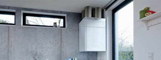 //www.vaillant.hu/media-master/global-media/vaillant/product-pictures/scene/ventilation14-31999-01-85396-format-24-9@640@desktop.jpg