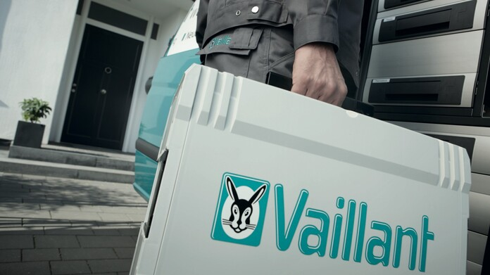 //www.vaillant.hu/media-master/global-media/vaillant/promotion/professionals/prof11-4493-00-45433-format-16-9@696@desktop.jpg