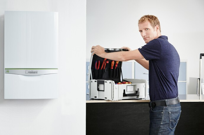 //www.vaillant.hu/media-master/global-media/vaillant/promotion/professionals/prof15-43000-01-722314-format-flex-height@690@desktop.jpg