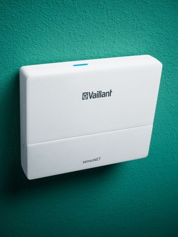 https://www.vaillant.hu/pictures/productspictures/sensonet-vr921/control18-15868-01-1638675-format-3-4@570@desktop.jpg